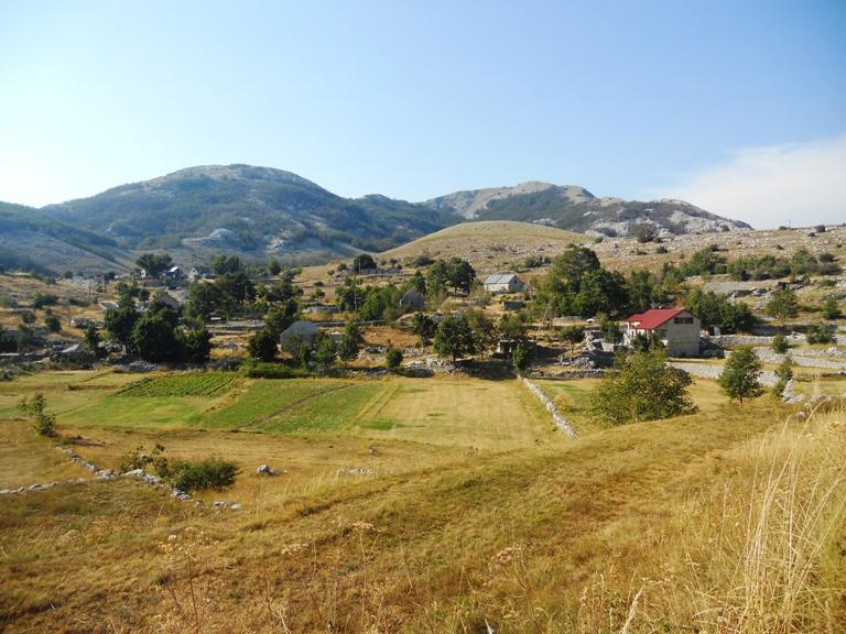Lovćen, selo Dolovi