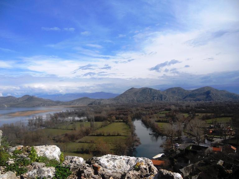 Skadarsko jezero sa Žabljaka Crnojevića