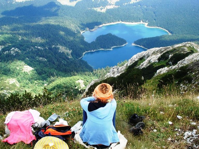 Crno jezero s Međeda