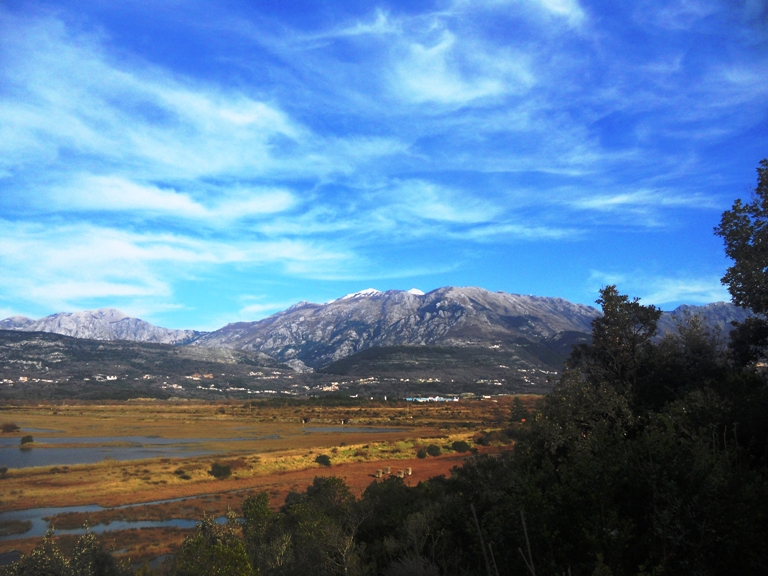 Pogled na Lovćen sa tivatskih Solila