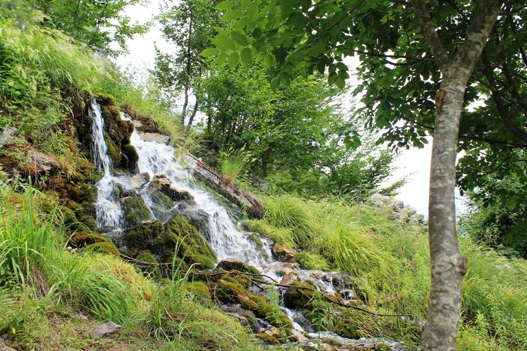 Waterfall Grunas, Theth