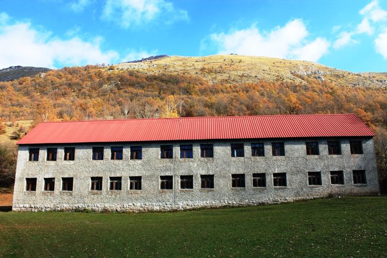 Škola u Donjoj Bijeloj