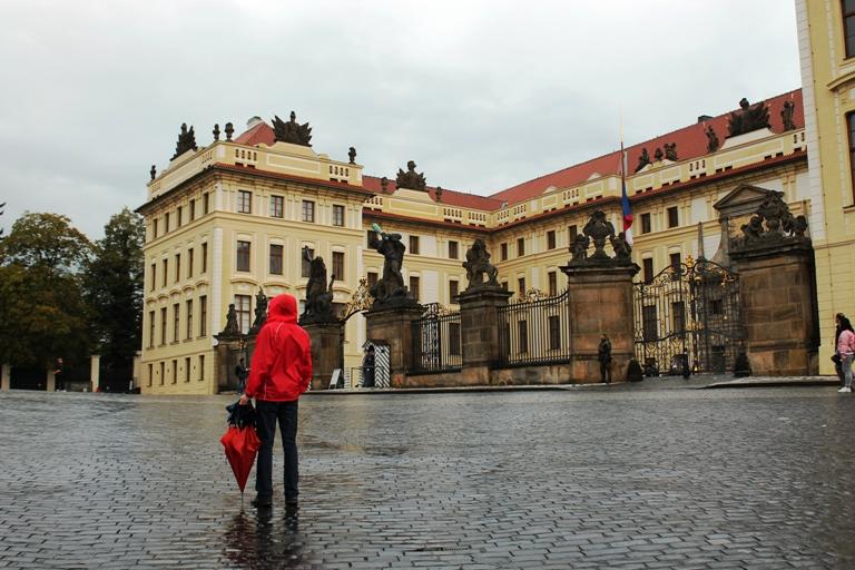 Trg ispred Praškog dvorca