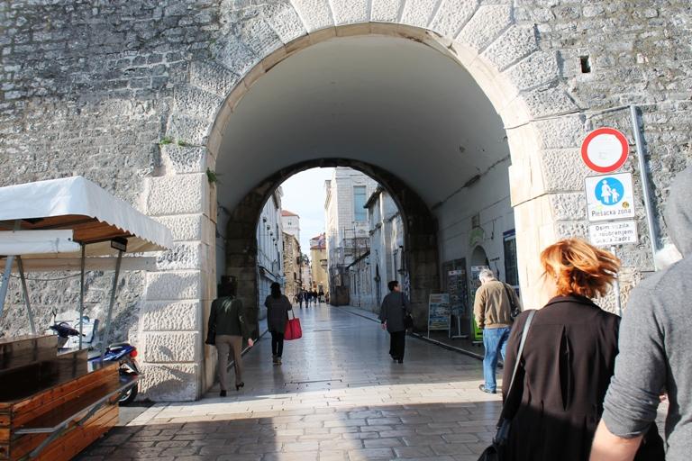 Kopnena vrata, Zadar