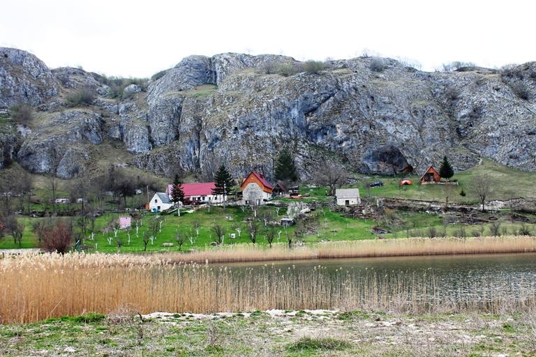 Veliko Pošćansko jezero