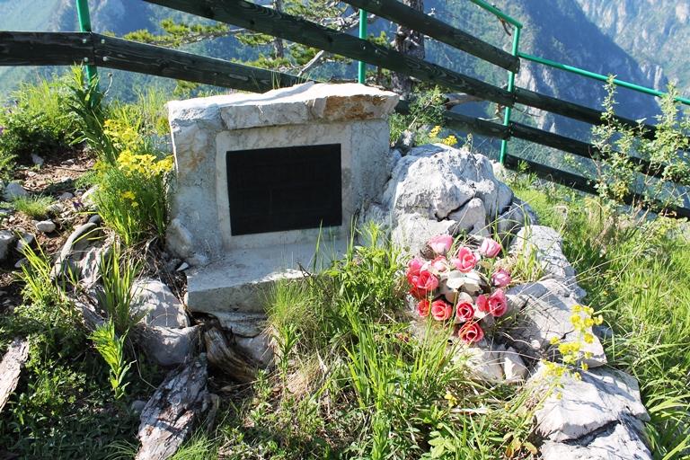 Spomenik na Brojilima